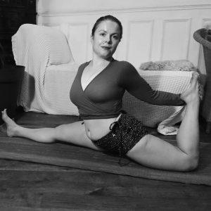 PROFESSEUR - STUDIO HOT YOGA IVRY - Anne Bouillon